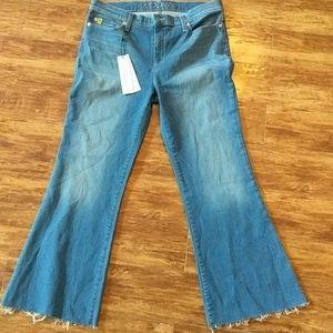Yoga Jeans